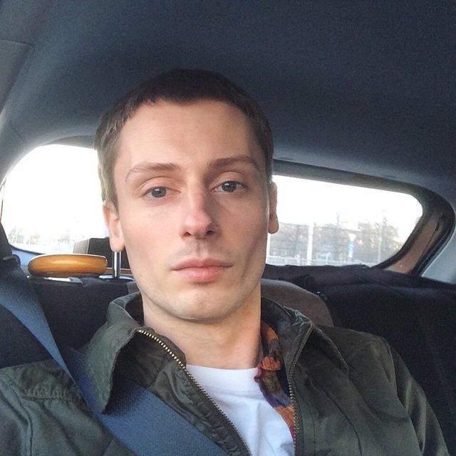 Profile picture of Vik